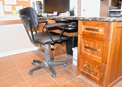 Office Desk - Custom Furniture and Cabinets - Home Office