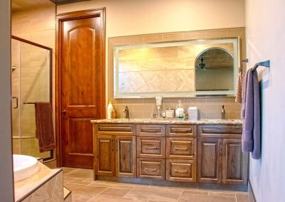 hanover-cabinets-moose-jaw-bathroom-cabinets