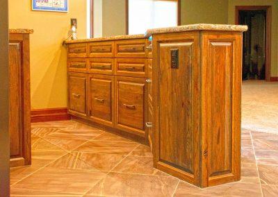 hanover-cabinets-moose-jaw-natural-wood-bar-cabinets