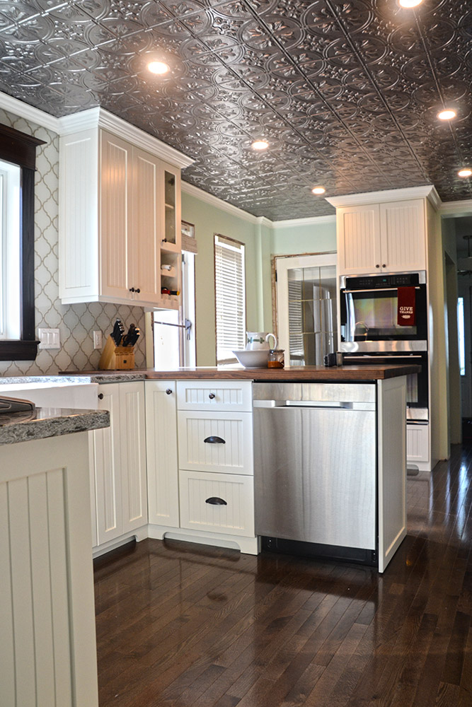 Painted Kitchen Cabinets - Hanover Cabinets | Moose Jaw ...